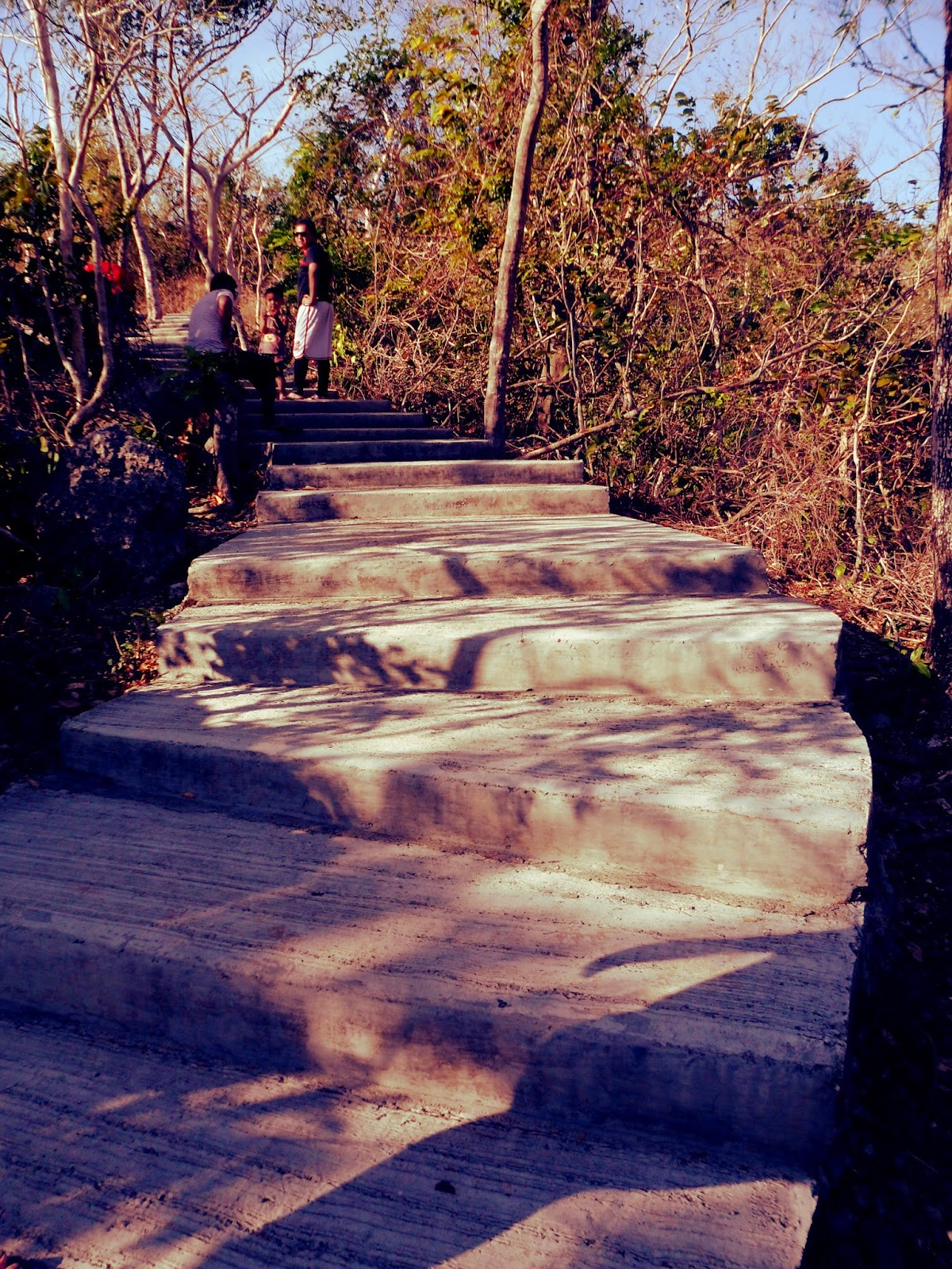 1000 steps at Minalungao National Park