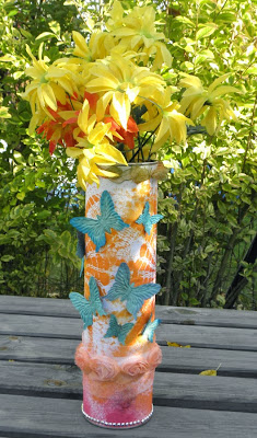 http://www.krulik.pl/2013/10/jesienny-wazon-z-recyclingu.html