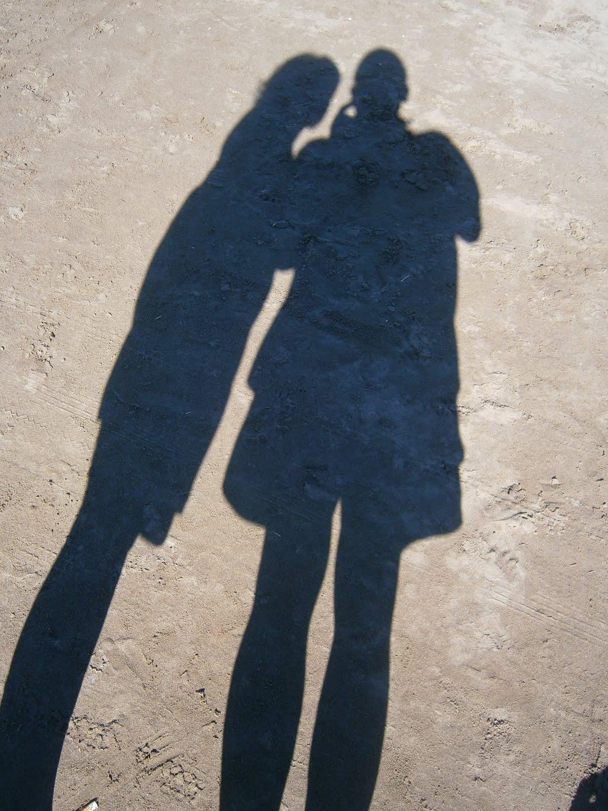 La paradoja del amor es, ser uno mismo, sin dejar de ser dos. EF
