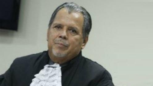 Presidente do Tribunal Regional Eleitoral de Pernambuco participa da audiência sobre biometria em Limoeiro