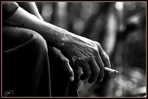 Bộ ảnh Avatar Nam hút thuốc đẹp