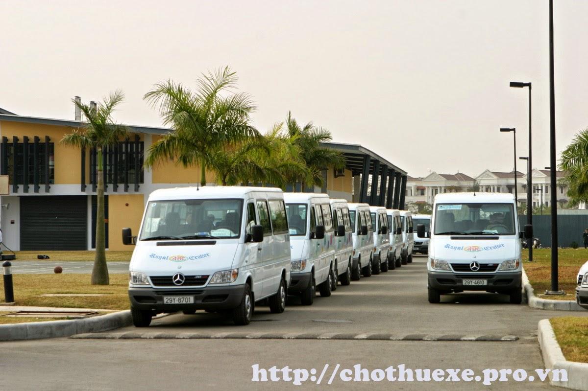 Cho thuê xe đưa đón nhân viên công ty đến các khu công nghiệp