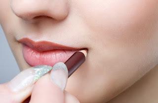6 Cara Scrub Bibir Agar Indah Dengan Bahan Bahan Alami