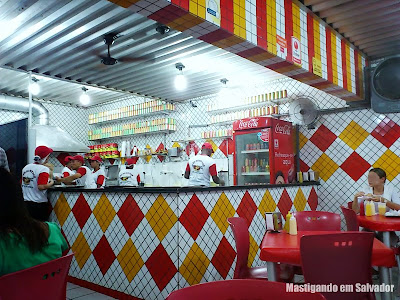 O Rei do Hot Dog: Ambiente