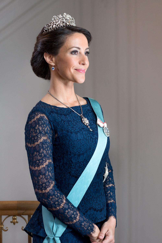 i syv sind Prinsesse Marie nye bryster