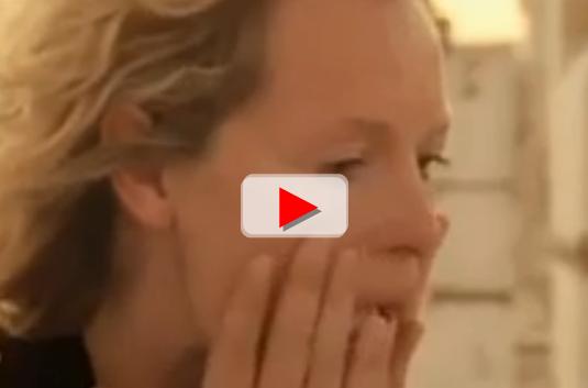 Reporter wanita Kristen menangis dengar adzan (Youtube)