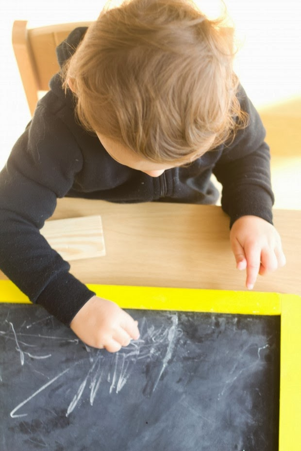 Chalkboards, and 21 other things to entertain Toddlers, while Preggo! #free #99cent #clevernest #maternity #roundup #bedrest #sickday #preschool #artforpreschool