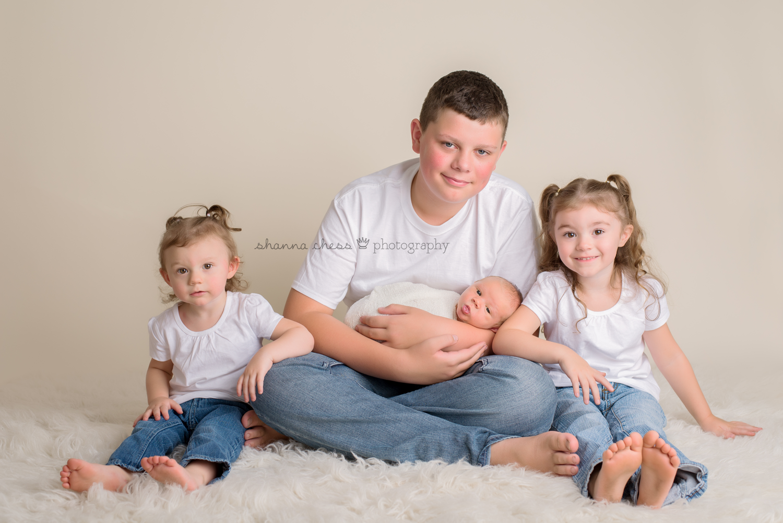 eugene springfield oregon newborn photography siblings