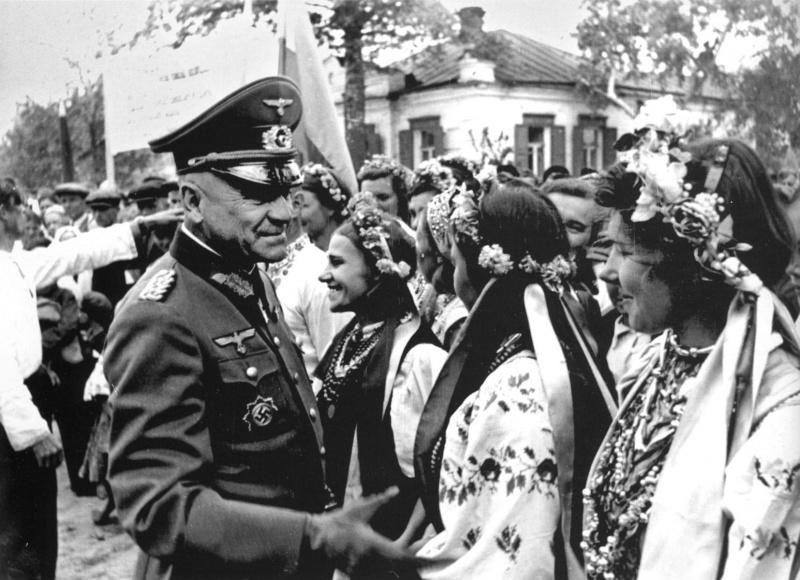 Издевательство над девушками немцами фото 644-191