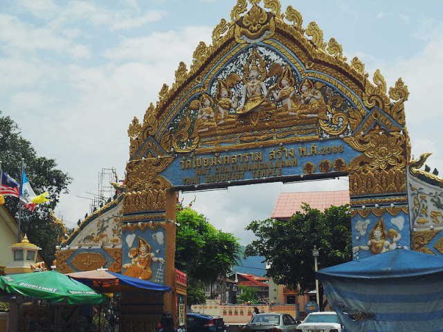 卧佛寺入口