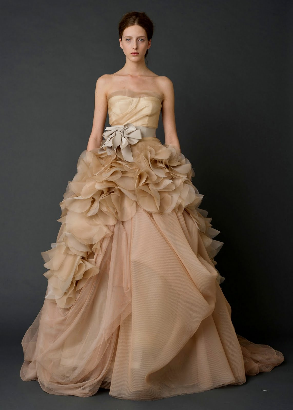 Similiar Peach Wedding Dresses Vera Keywords