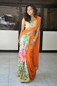 Vithika sheru latest glamorous photos-thumbnail-8