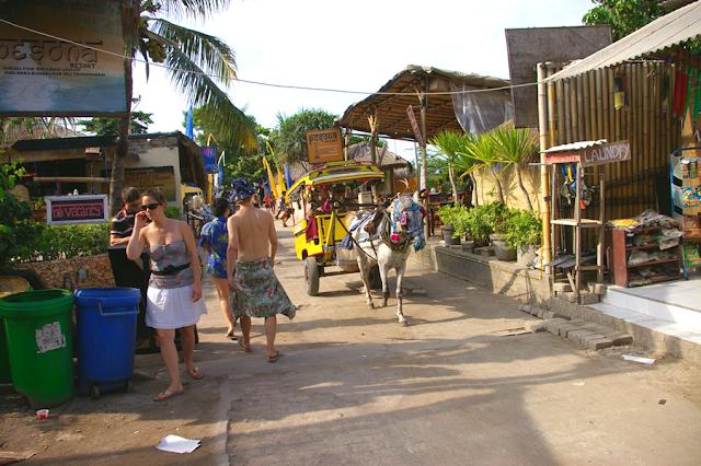 Mengelilingi Pulau Gili Trawanan dengan Cidomo