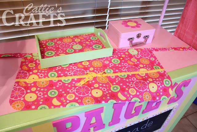 girls apron, lemonade stand