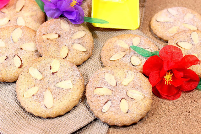 Cinnamon Sugar Sand Dollar Cookies