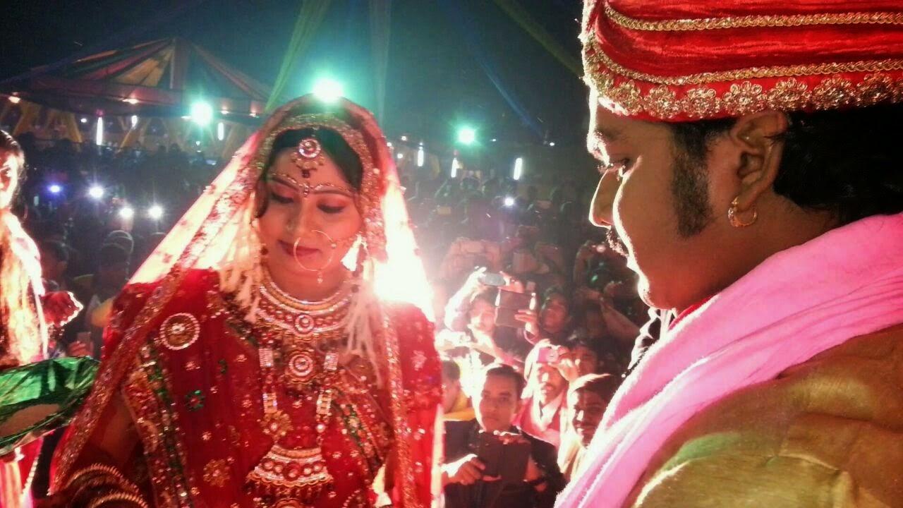 bhojpuri actor Pawan Singh And Neelam Jaimala Ceremony Pictures, photo, image 2