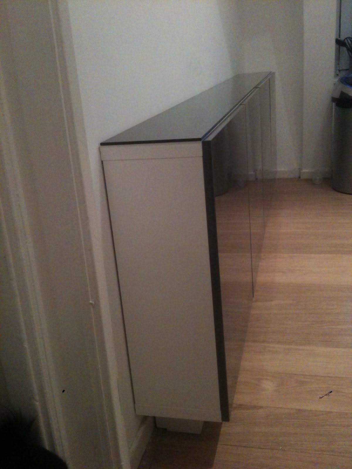 Kitchen Cupboard Screwed Shelf Removal