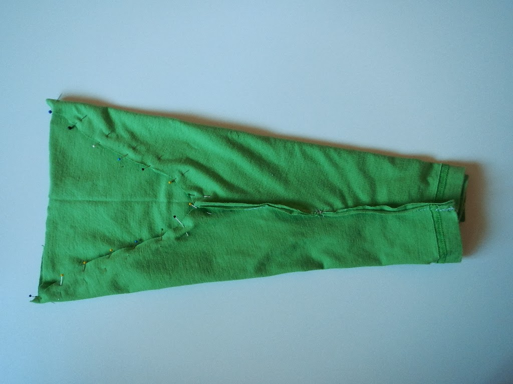 DIY how to make a pair of baby toddler pants from a tshirt