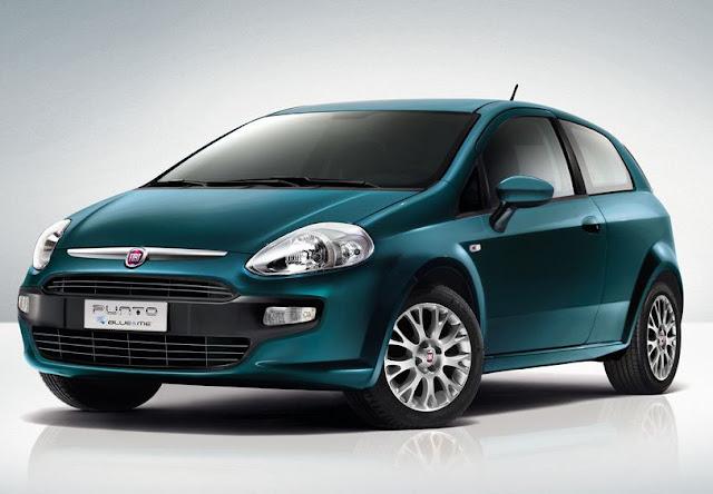 Fiat Punto, l'auto più venduta in Italia, in allestimento Blue&Me