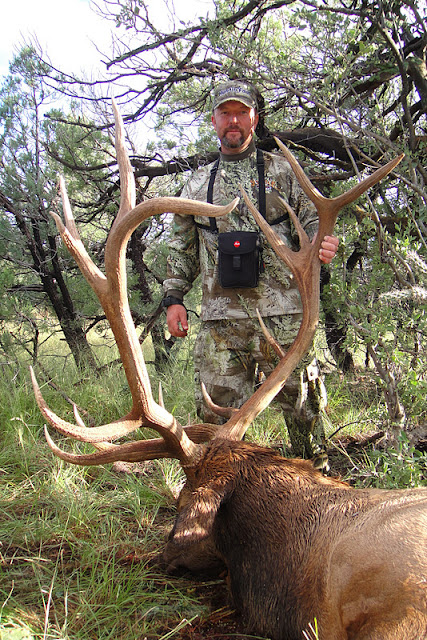 Todd Brooks Arizona Archery Elk Picture with Colburn and Scott Outfitters 5