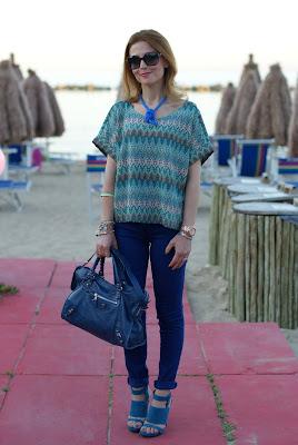 H&M blouse, Cesare Paciotti sandals, blue outfit