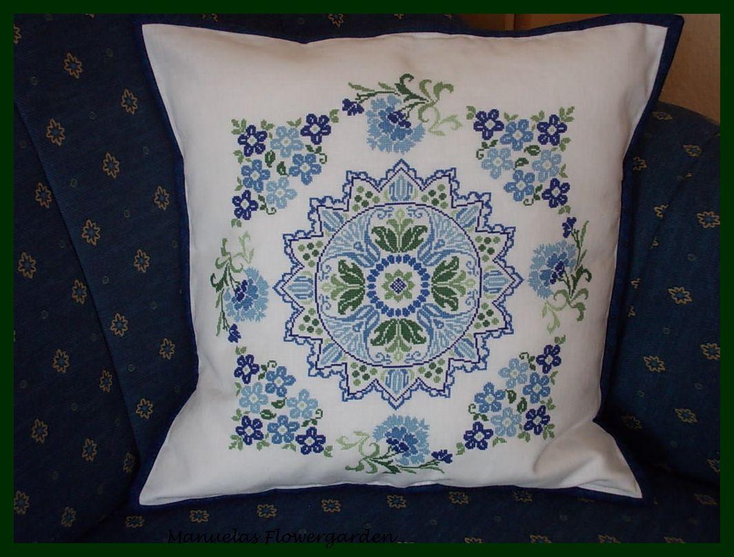 manuelas flowergarden mein neues kissen. Black Bedroom Furniture Sets. Home Design Ideas