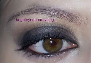 Smoky eye done using the Urban Decay Smoked Palette