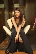 Parul Yadav latest glam pics-thumbnail-7