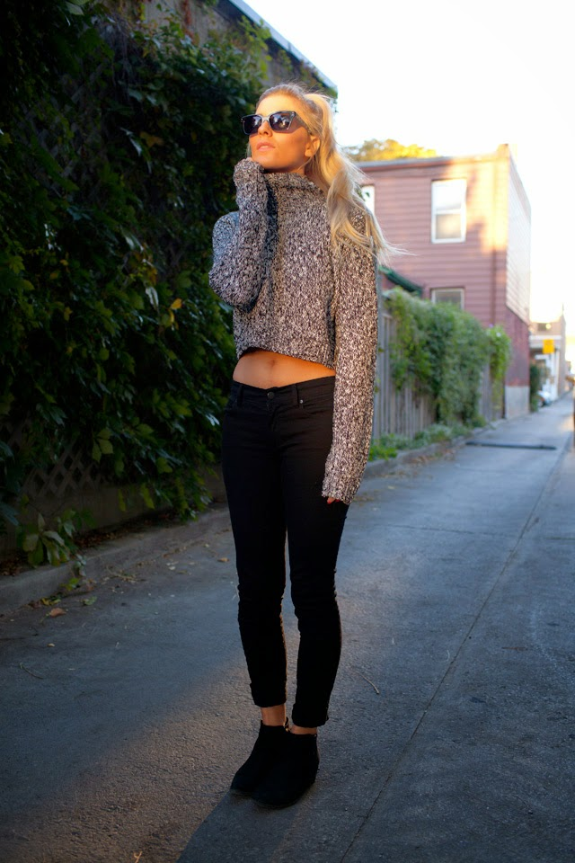 cropped knits, fall fashion, crop tops, turtleneck style