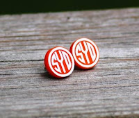 http://honeybeelanedesigns.com/item_234/Monogrammed-Stud-Earrings.htm