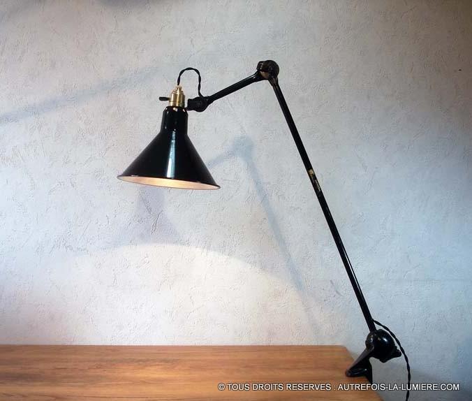 lampe gras ravel mod le 201 dessinateur. Black Bedroom Furniture Sets. Home Design Ideas