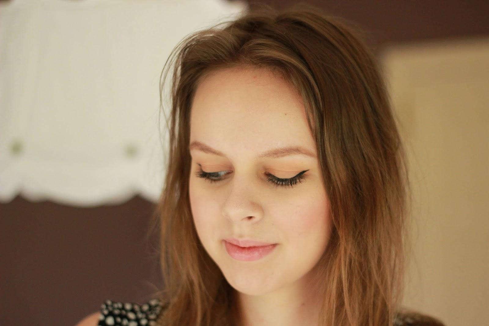 Alexa Chung inspired make-up look