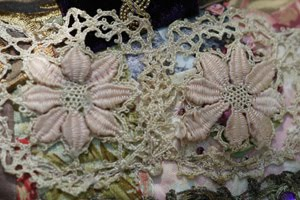 LACE MEDALLIONS