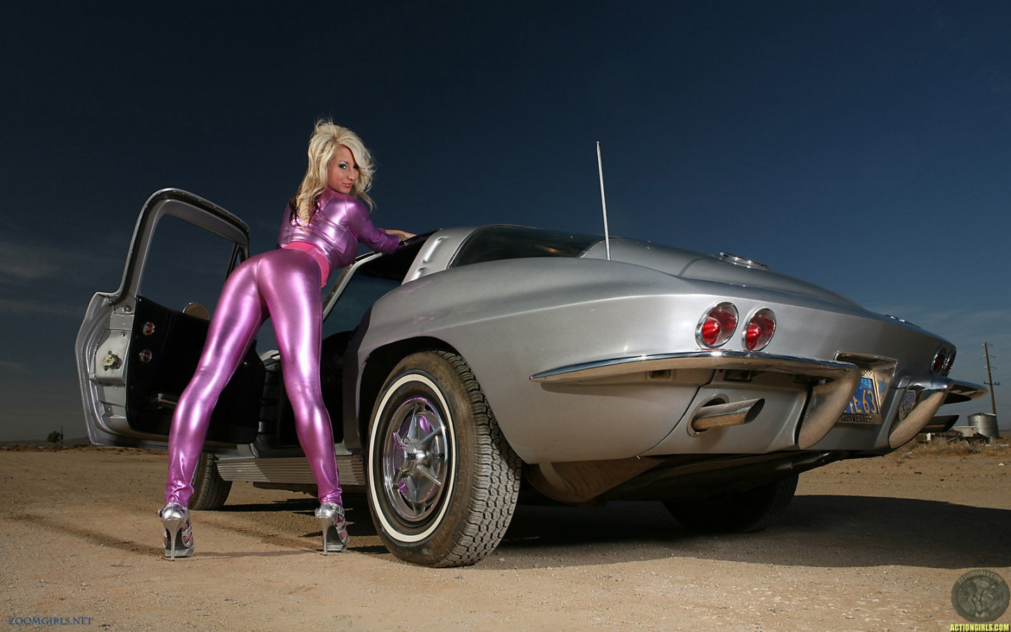 girls and tuner car - photo #1