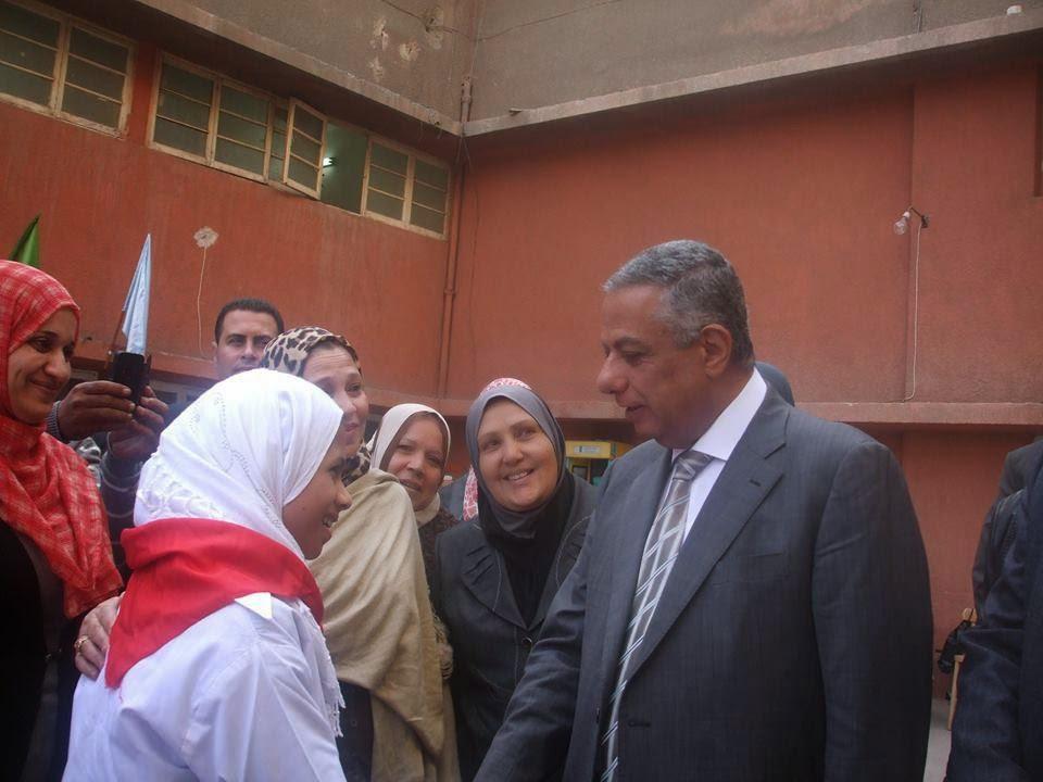 زيارة دكتور محمود ابو النصر وزير التربية والتعليم _مدرسة النور والامل _ادارة النزهة