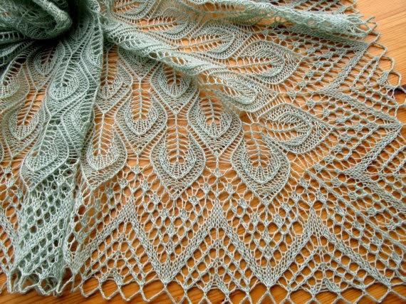 TE KOOP: mintgroen VIERKANT shawl/ kleed.