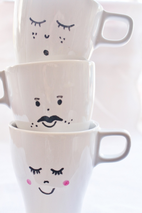 diy tazas con caritas soy un mix. Black Bedroom Furniture Sets. Home Design Ideas
