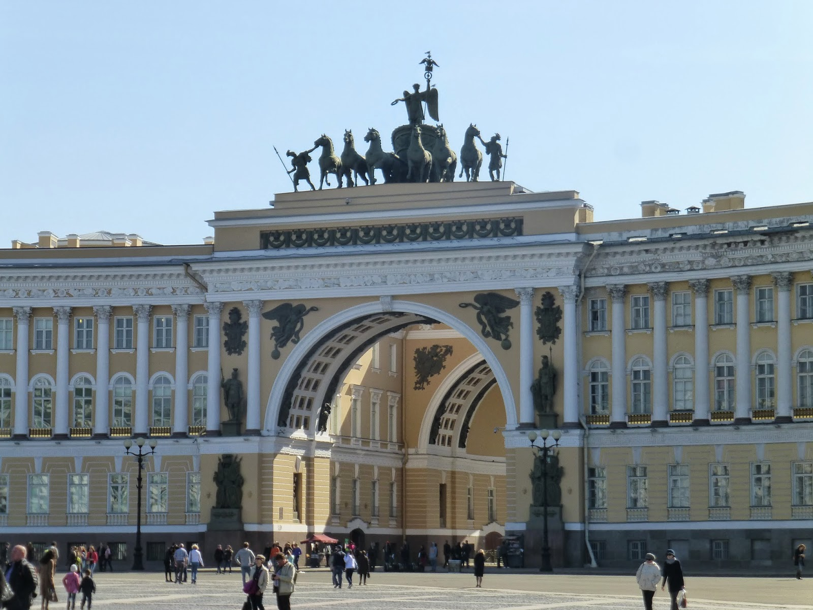 how to get from st petersburg to helsinki