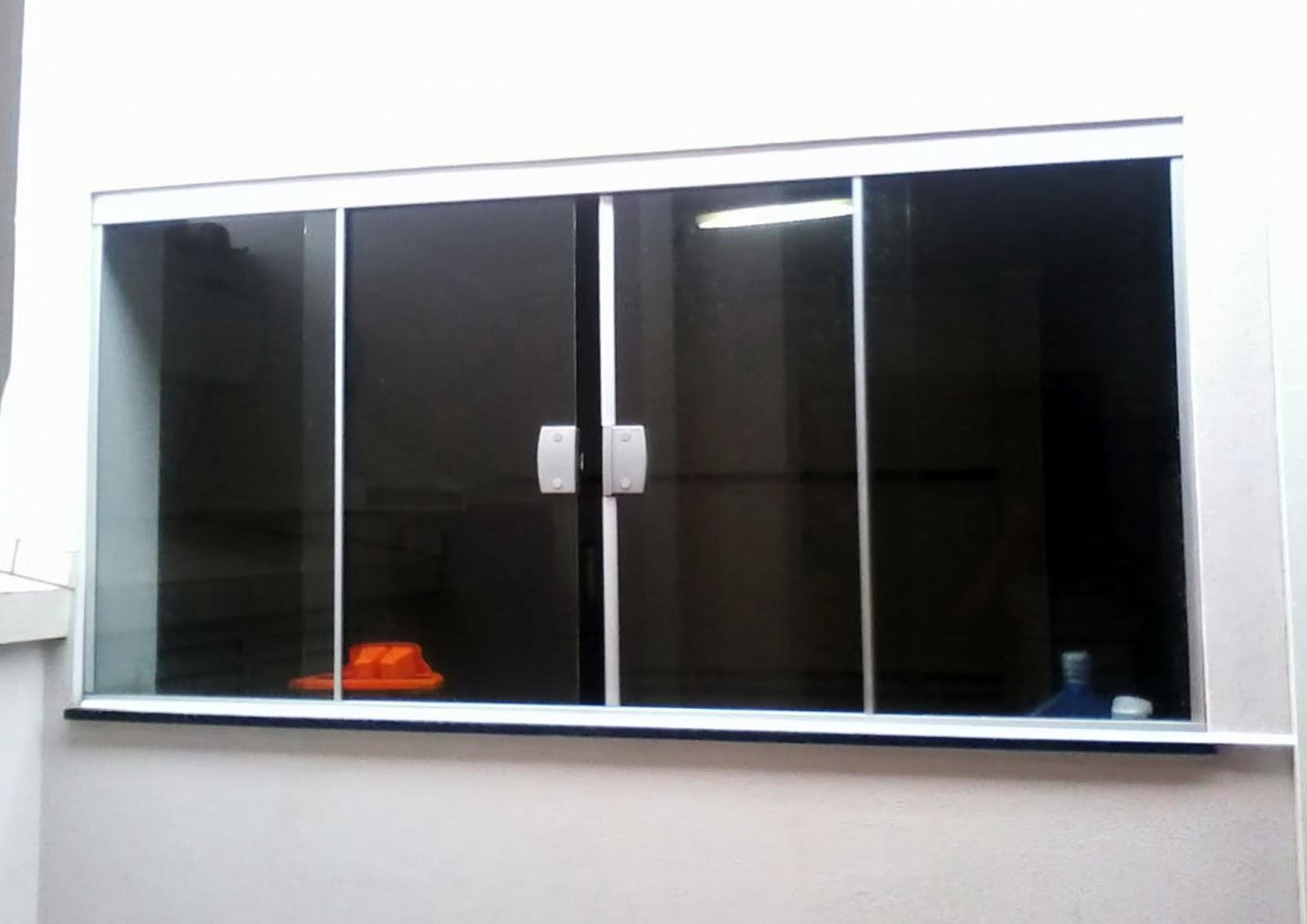 #B73914 Janela em vidro incolor temperado de 8mm com fechadura kit natural  266 Janelas De Vidro Quatro Folhas