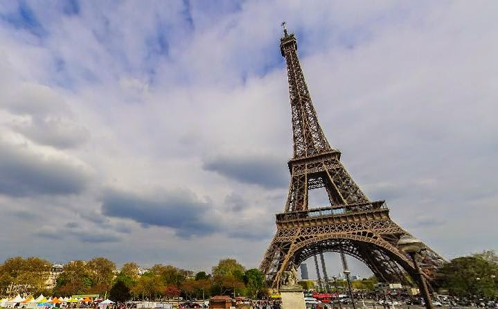 Eiffel Tower, Street View