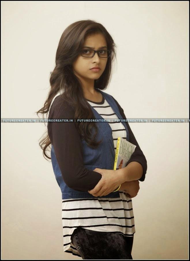 Actress Sri Divya Latest Hot and Sexy Photo Gallery