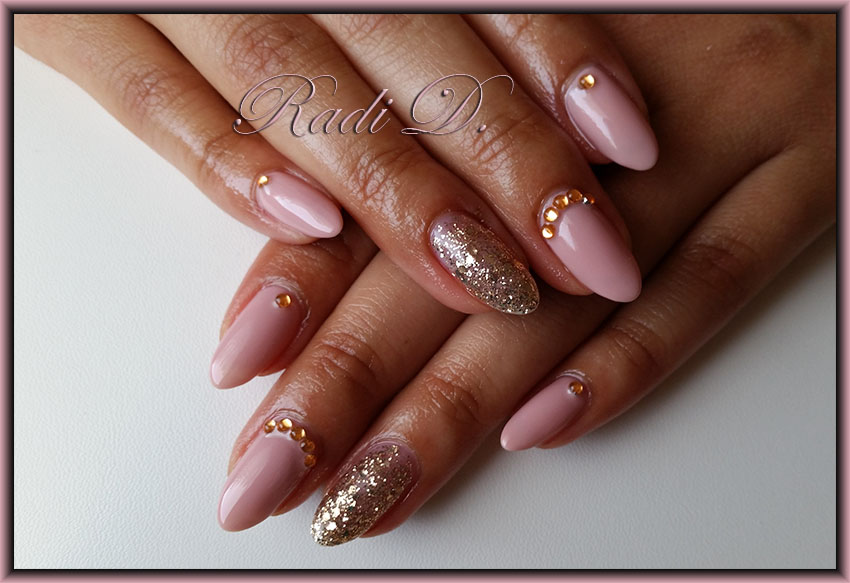 It`s all about nails: Nude color nails- two designs