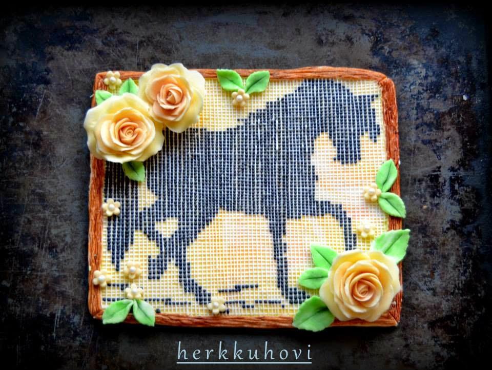 Hevosaiheinen kakku
