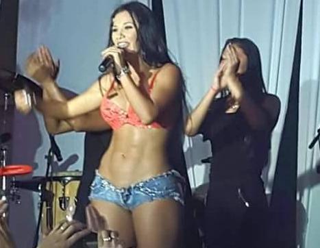 Melisa Mora grita a Kim Kardashian plástica y zorra