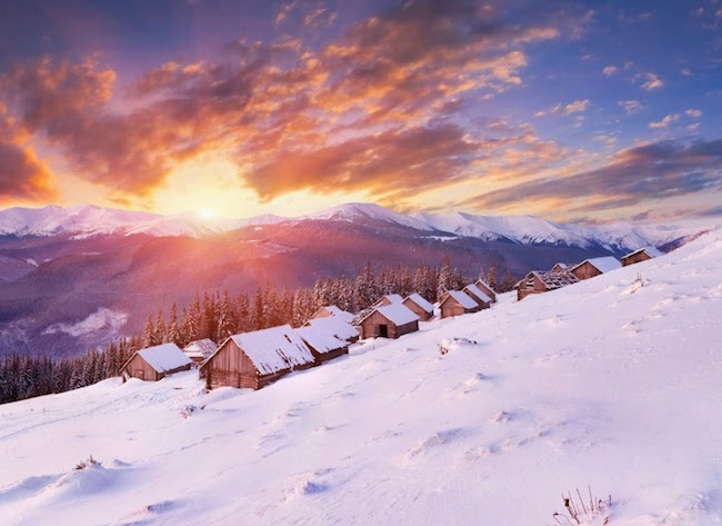 20. Stunning Winter Sunrise in Hills 5k Wallpaper