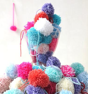 ByHaafner, pompons, pastels, neon pink