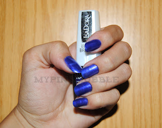 732 Papagayo Blue isadora swatch