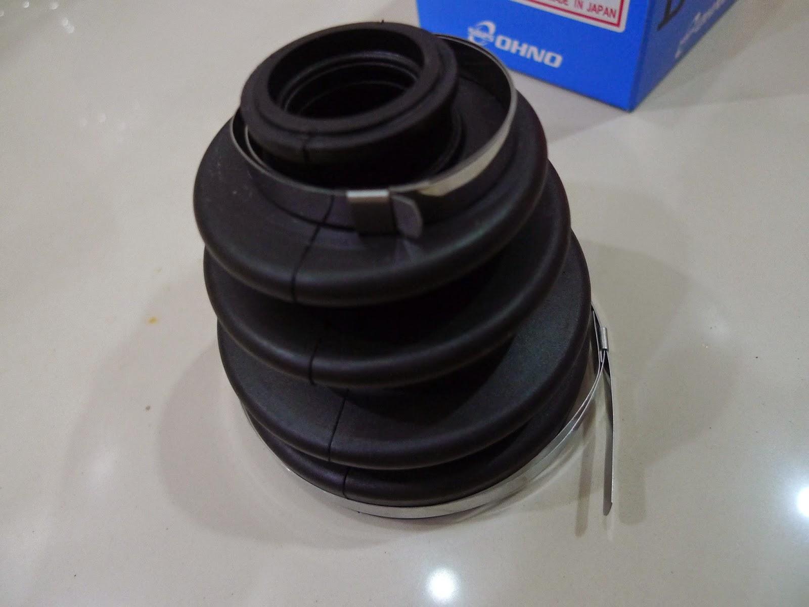 world of toyota a broken drive shaft boot