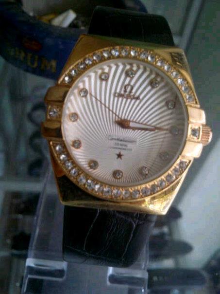Jam tangan dan kacamata (Update): Jam tangan cewek Elegan + Murah