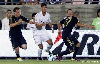 كريستيانو رونالدو يتصدر هدافي بطولة دوري الأبطال  L._A._Galaxy_-_Real_Madrid+%25281%2529